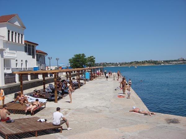 севастополь пляж хрустальный фото